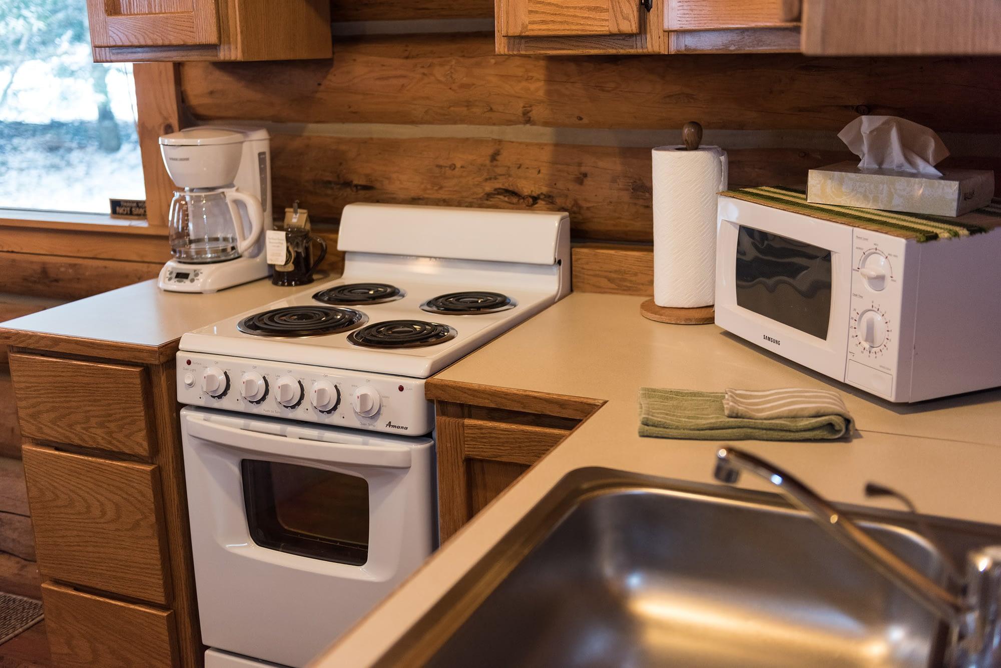 Western Pleasure Guest Ranch Settler Cabin Kitchenette